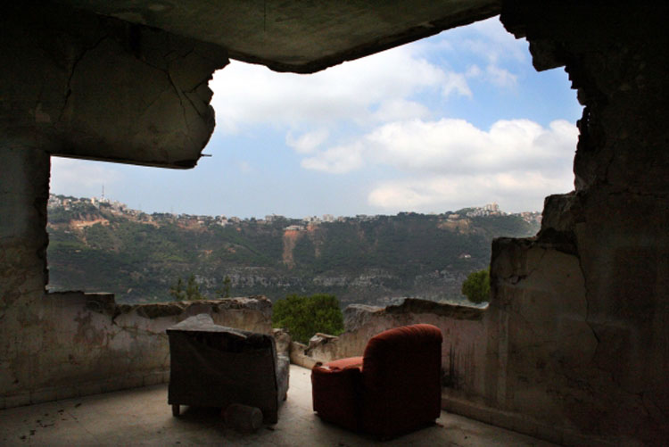 "Mes Ententes. Mount-Lebanon, Kortada ""return of the displaced families"" 2005"